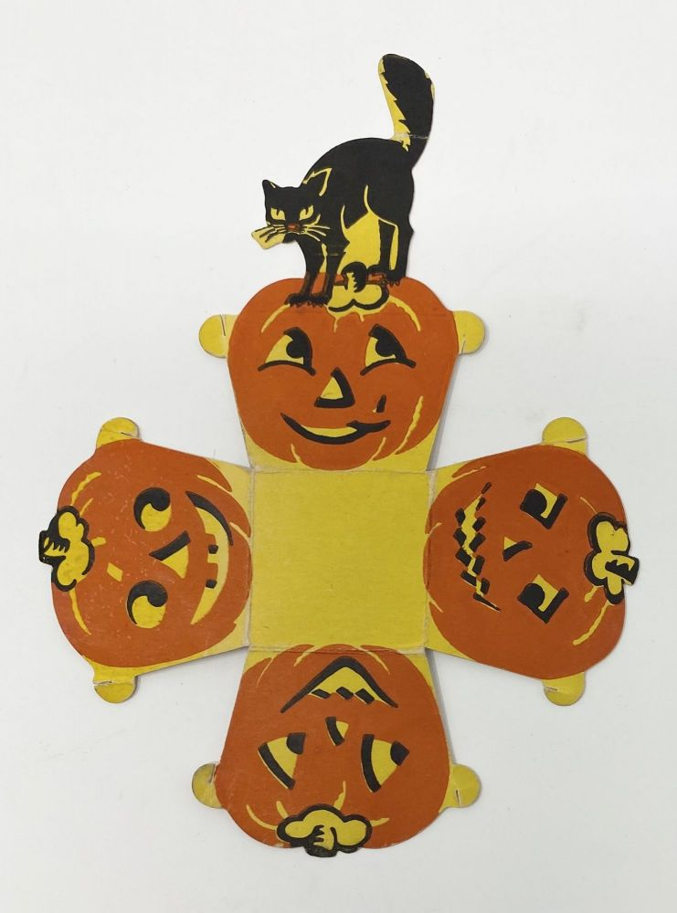 Halloween Party favor paper nut or candy cup
